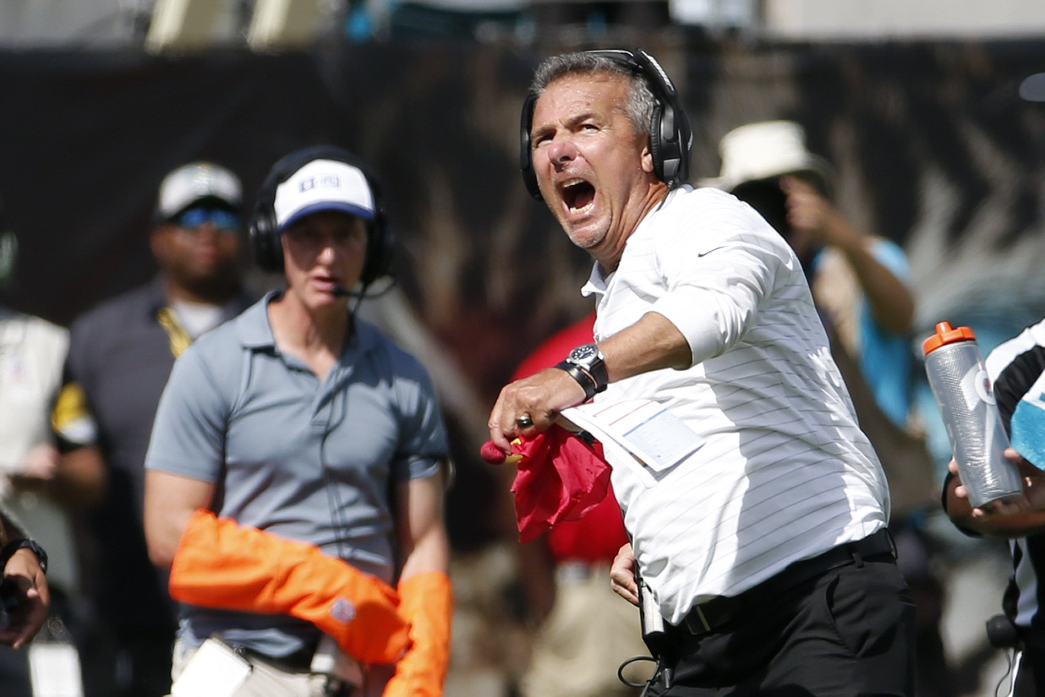 Opinion: As red flags mount, Jaguars  Urban Meyer must show he can handle NFL