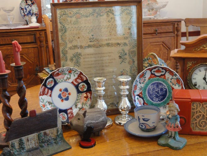 The Stratham Historical Society is holding its annual Antique Appraisal Day on Sunday, Oct. 17 from 1 to 3 p.m. at the Stratham Fire Station.