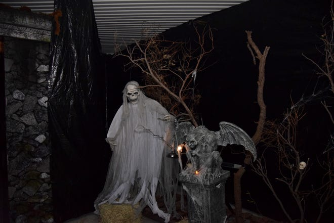 The Ballinger Police Association Hallow Fest has been expanded to two days this year. Last year approximately 1,000 people attended the festival. This year it will run on Saturday, October 30, and Sunday, October 31st. Each night the haunted house will open at 6 p.m.