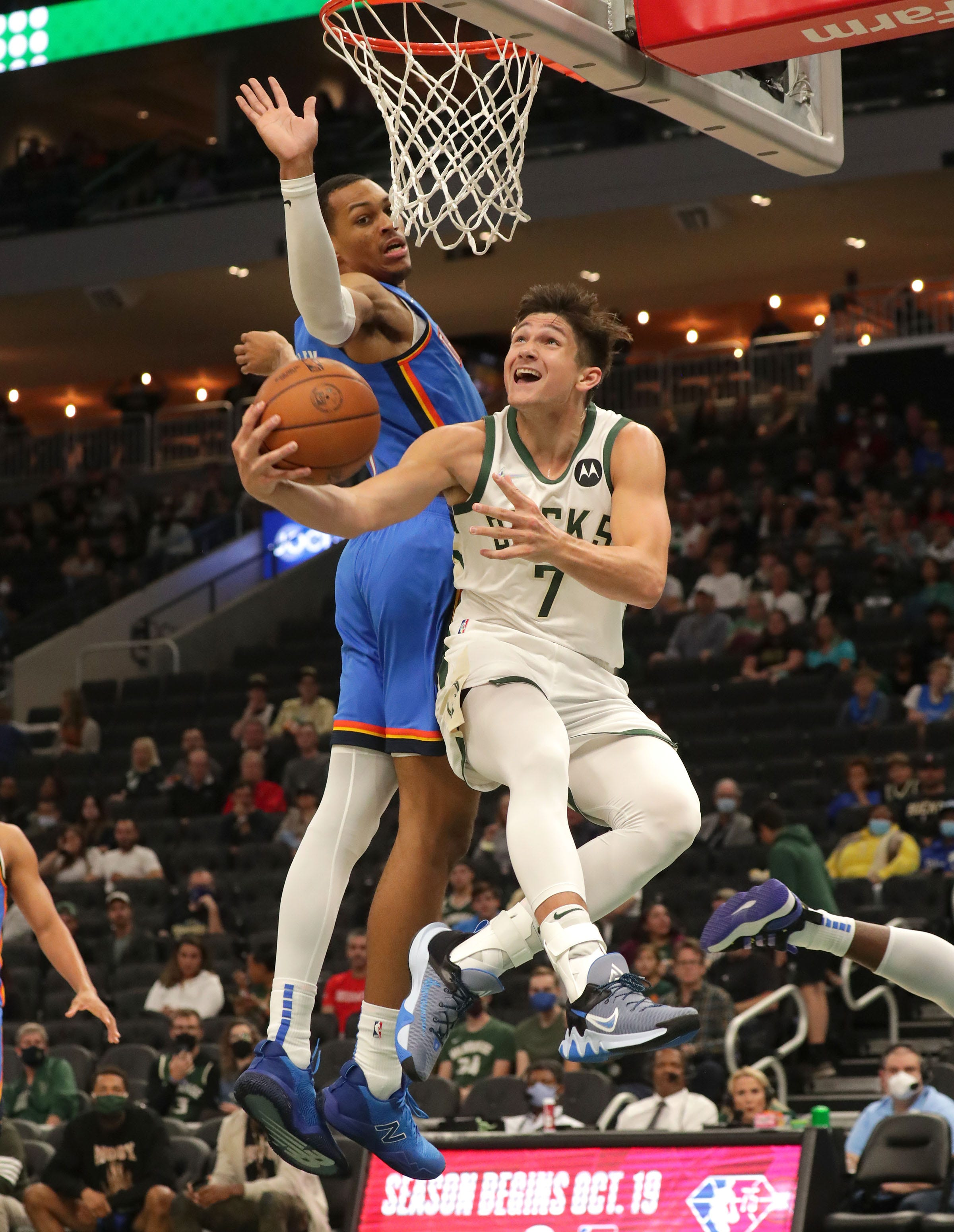 Milwaukee Bucks sign Grayson Allen, acquired in offseason from Memphis Grizzlies, to two-year contract extension
