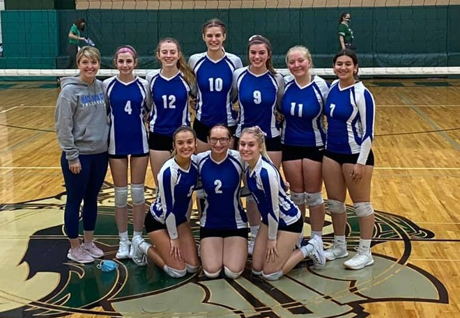 Mackinaw City volleyball team picked up an undefeated league title at the conference championships this past weekend in Boyne Falls.