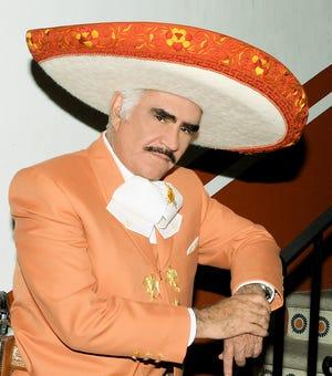 La familia Fernández Abarca, niega tajantemente que Vicente Fernández tenga ya muerte cerebral.