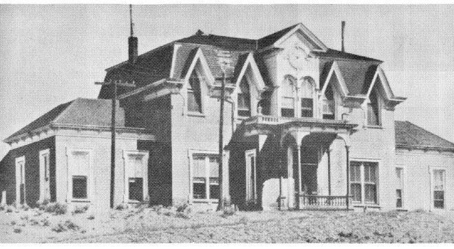 The first University of Nevada building in Elko, Nevada. The building stood at Ninth Street and College Avenue.