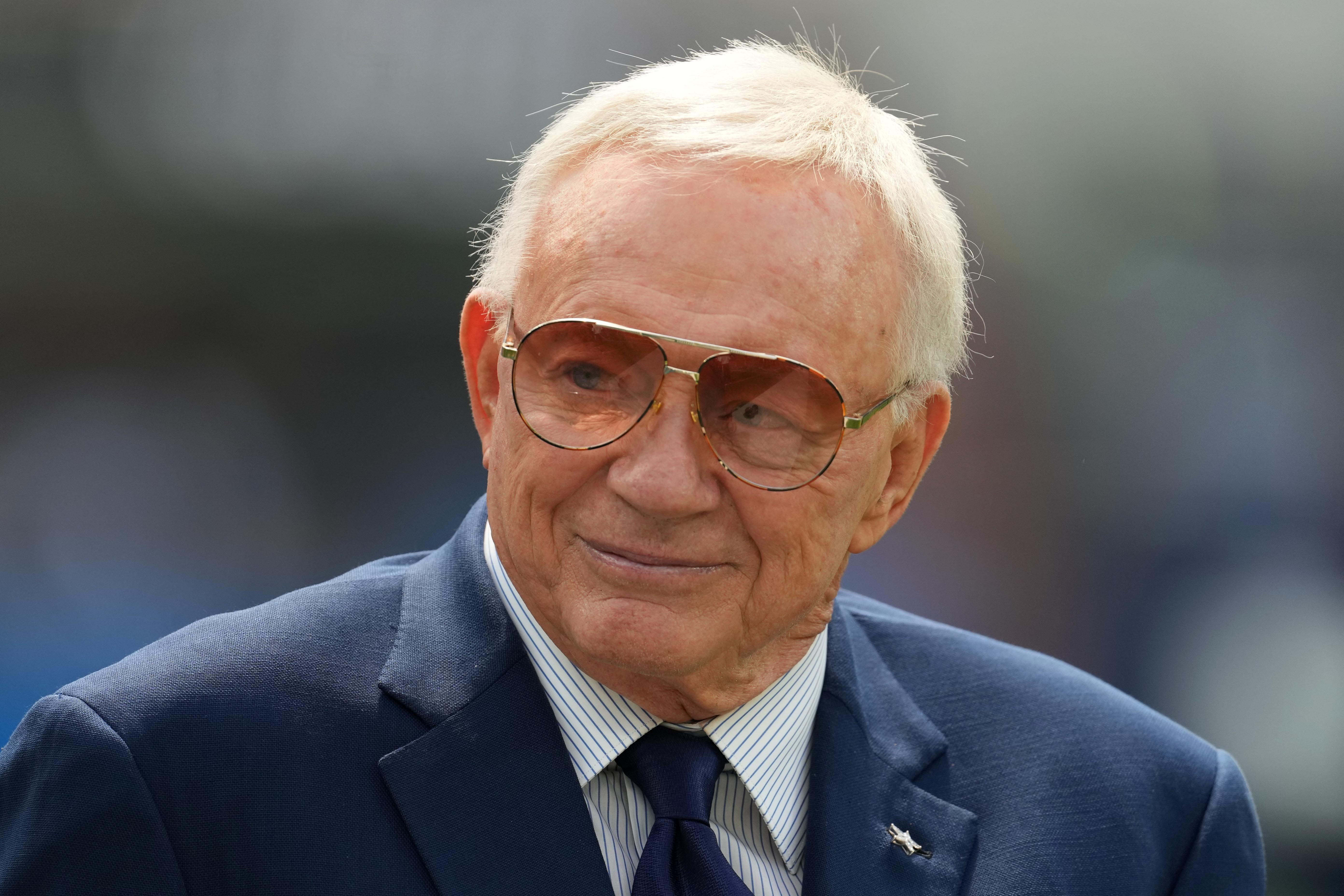 Cowboys owner Jerry Jones responds to Jon Gruden s resignation, leaked email comments