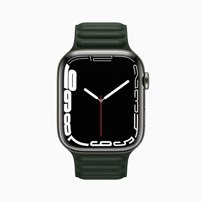 Another new watch face is the Contour Face, where the numbers are pushed to the edge of the display and the corresponding clock is approached.