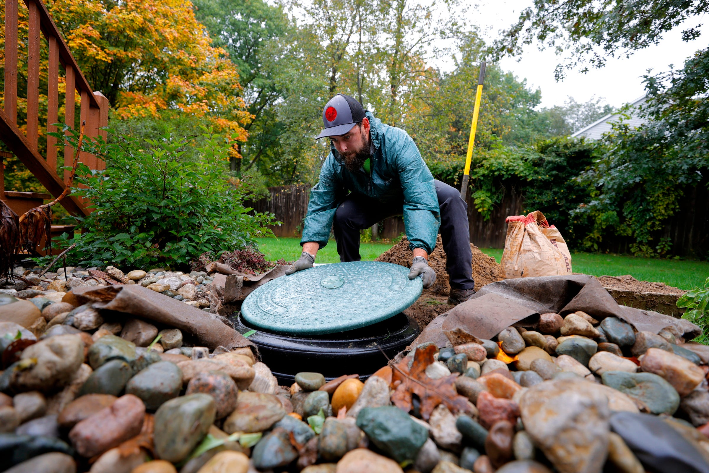 Aging, failing septic systems polluting Michigan waters, harming public health