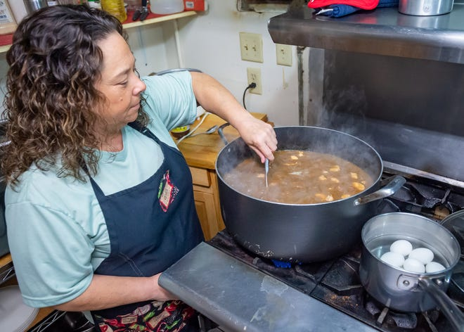 Karen Studt preparing gumbo at 3 Peas in a Pod Cajun Restaurant and Sweet Shop. Wednesday, Oct. 13, 2021.