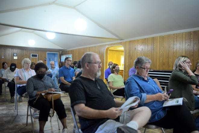 The city parks department held the first of two planned meetings on Wednesday to gatherinput from residents on what aspects of its master plan should be implemented first.