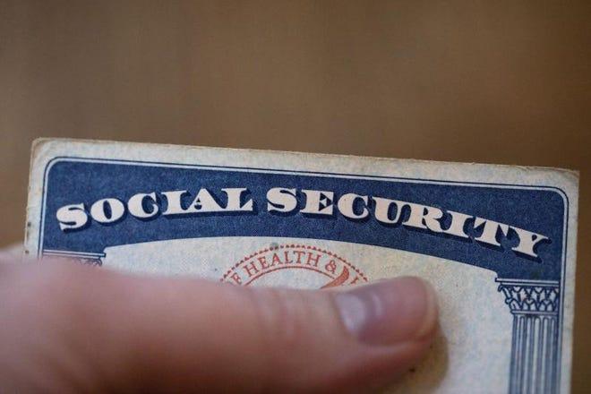 Una tarjeta del Seguro Social de Estados Unidos fotografiada el martes 12 de octubre de 2021 en Tigard, Oregon.
