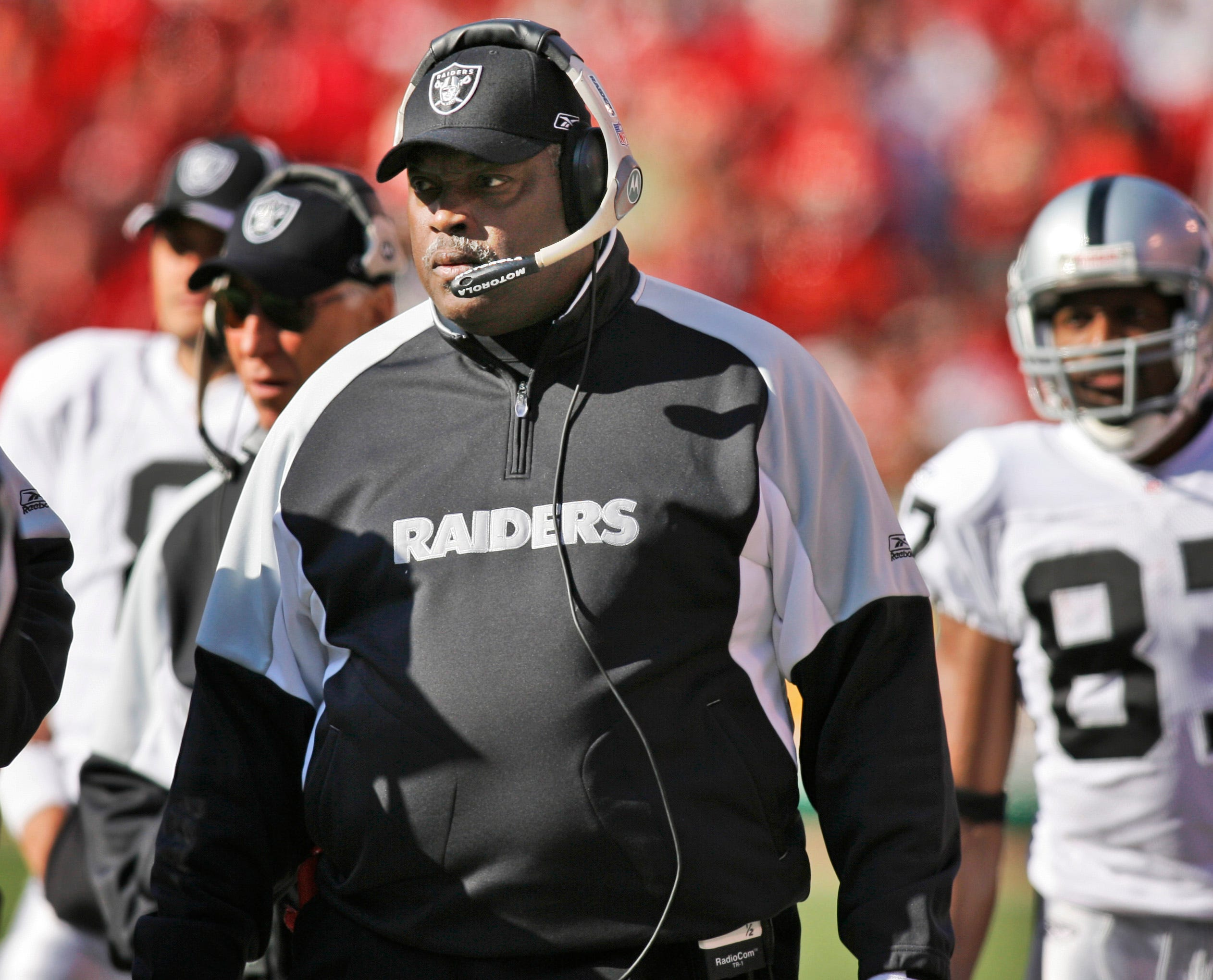 Ex-Raiders player, coach Art Shell reacts to Jon Gruden emails:  He hurt a lotof people