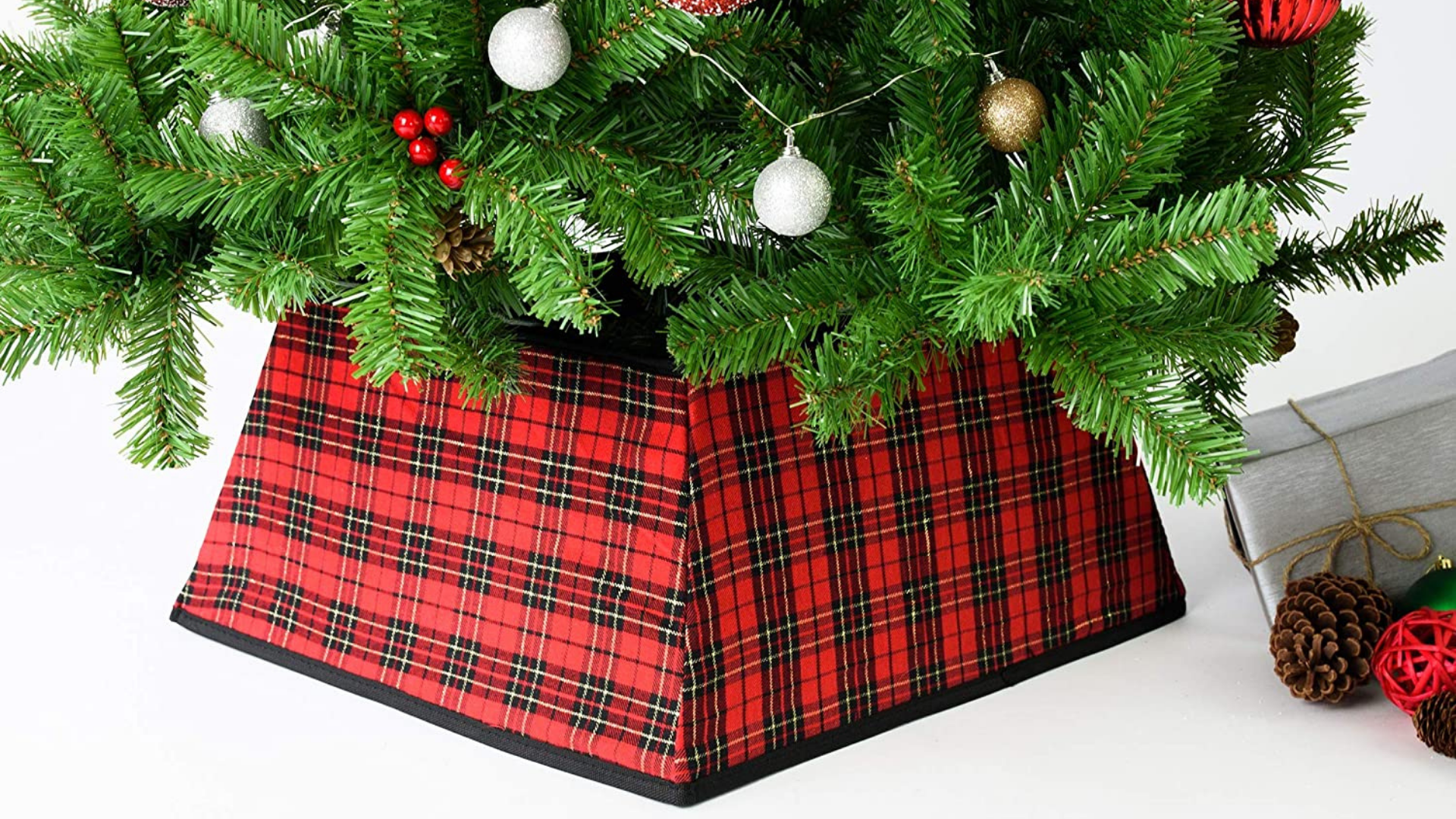 Tree collars are the new tree skirt—here are 20 to shop right now
