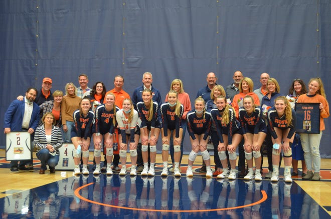 The Hope College volleyball team celebrated senior night on Wednesday at DeVos Fieldhouse.