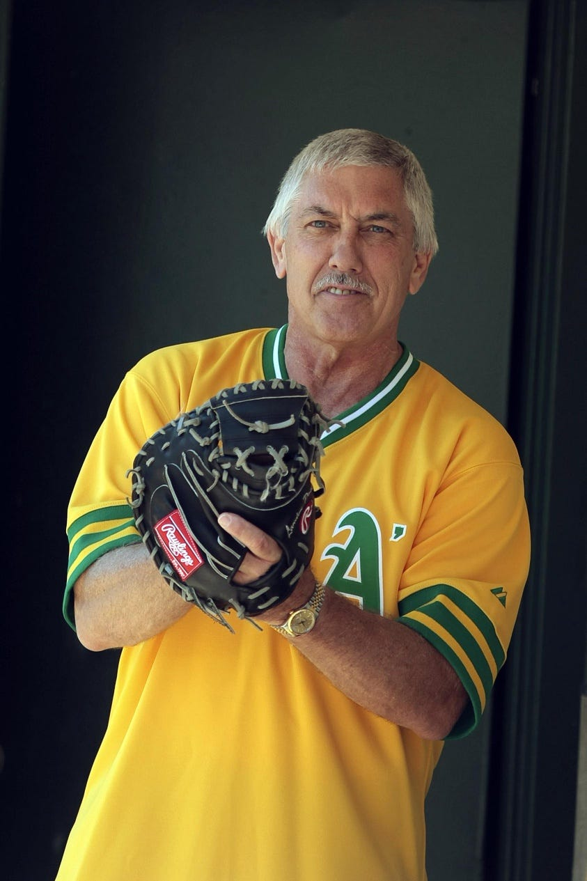 01cb5a98-792f-43bc-8f50-bebd1e0299c7-USATSI_5478752_154664732_lowres Former All-Star catcher, Oakland A's broadcaster Ray Fosse dies at 74
