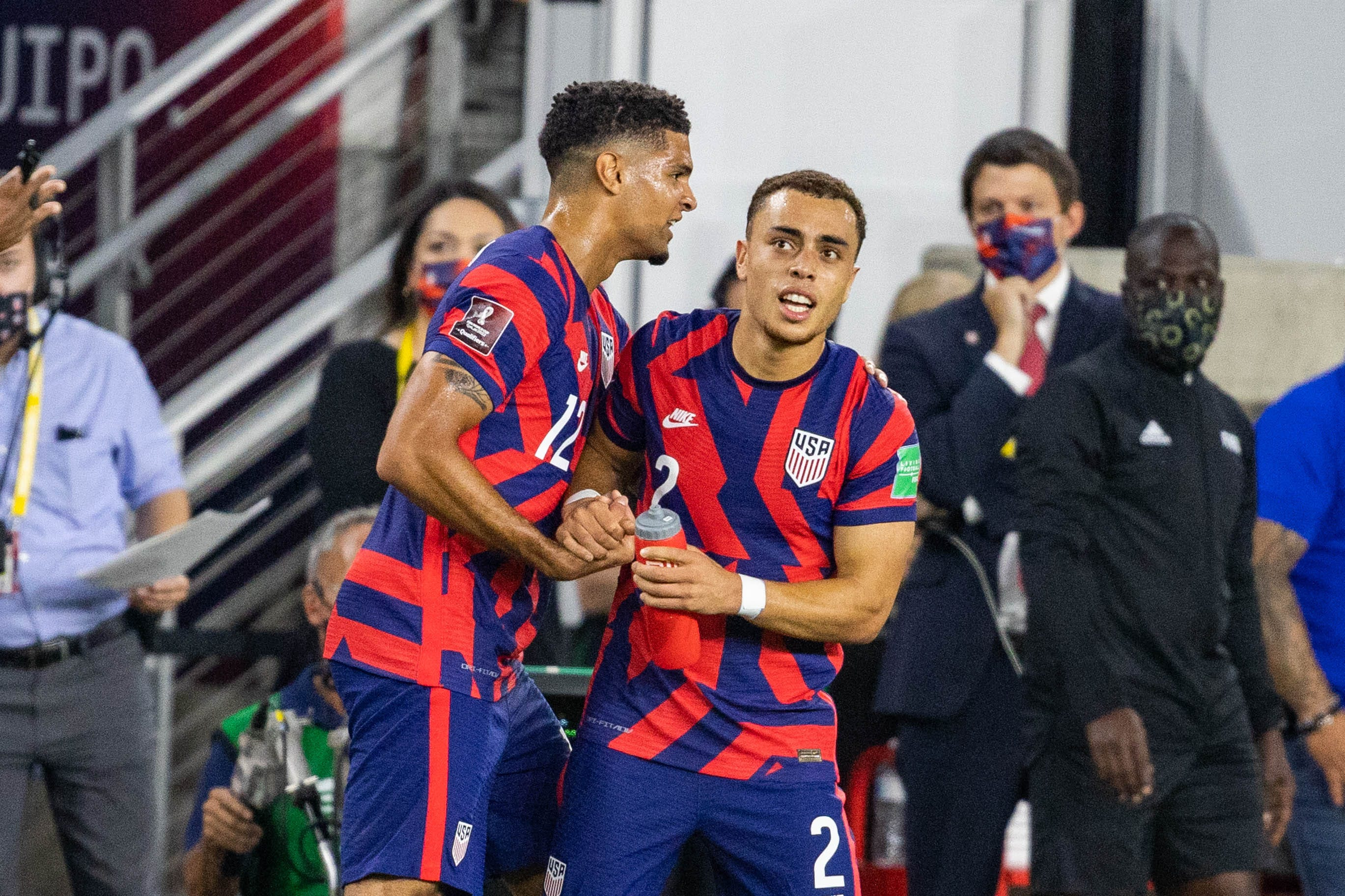 U.S. men s national soccer team erases early deficit, beats Costa Rica in World Cup qualifying