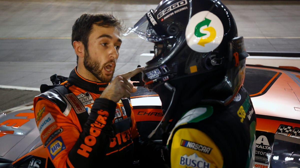 NASCAR orders cease fire to Chase Elliott-Kevin Harvick feud as Cup playoffs hit homestretch