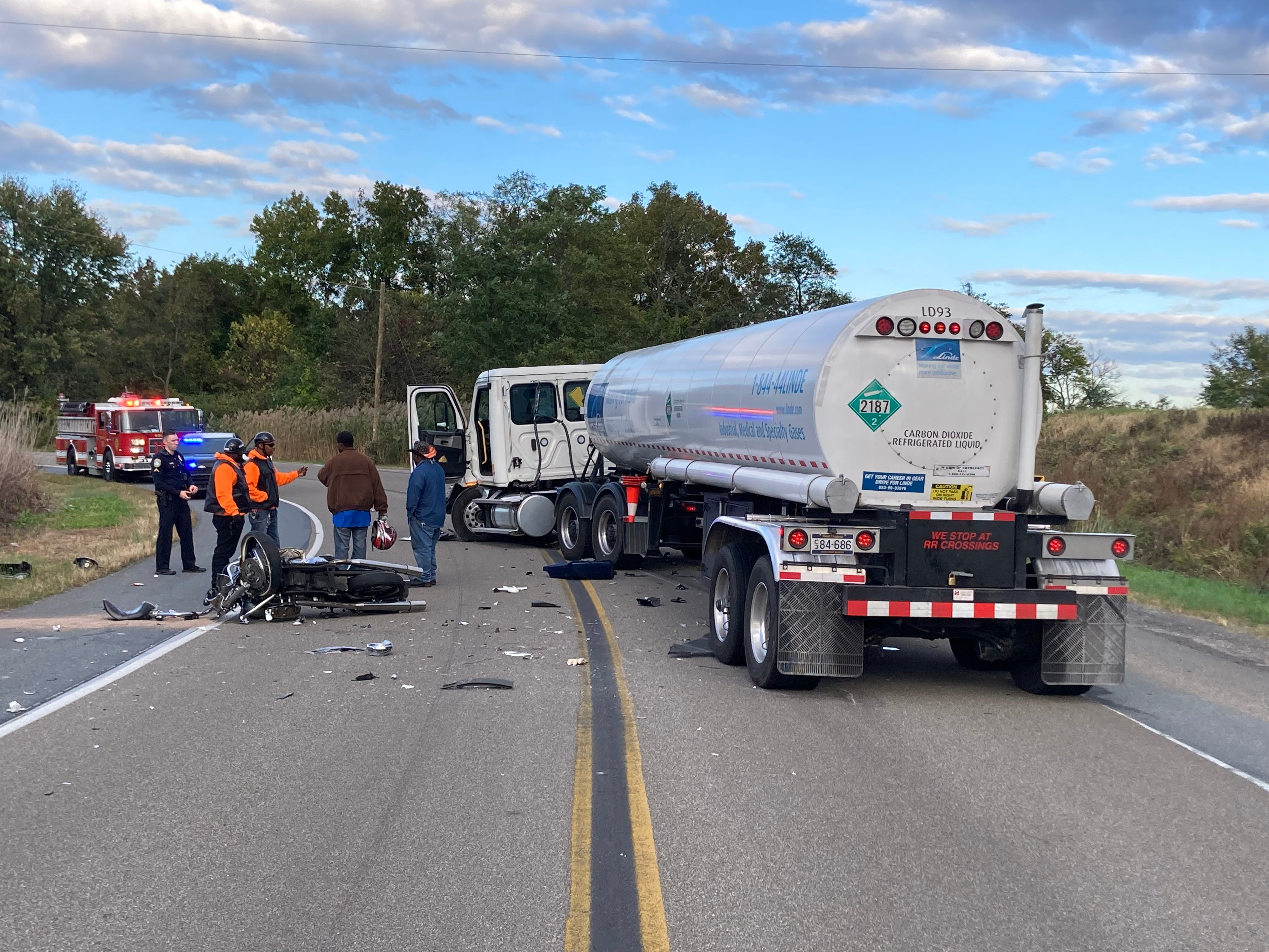 2 motorcyclists killed in Sunday crashes, marking 4th and 5th bikers to die since Friday