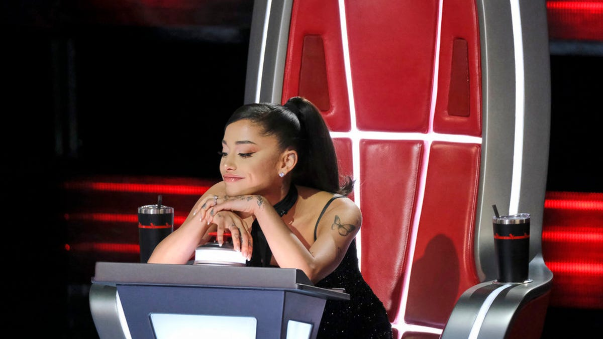 'The Voice': Ariana Grande says she's 'going to quit' after singers nail 'Car Wash'