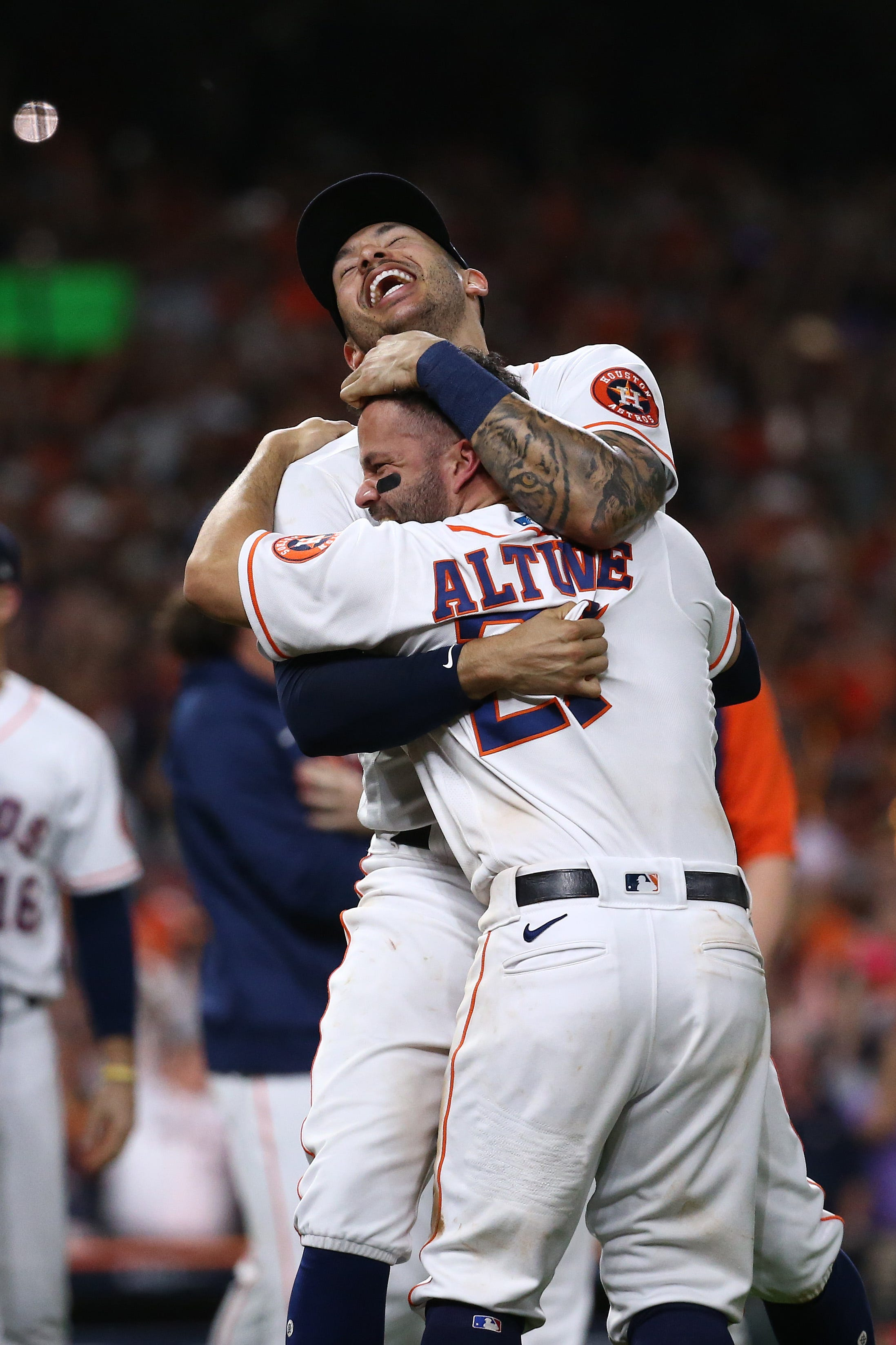 Astros close out Red Sox in Game 6 of ALCS, return to World Series for third time in five seasons