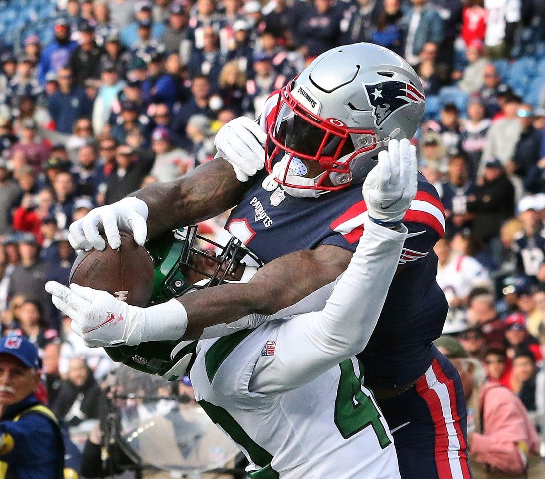Patriots Crush the Jets, 54-13