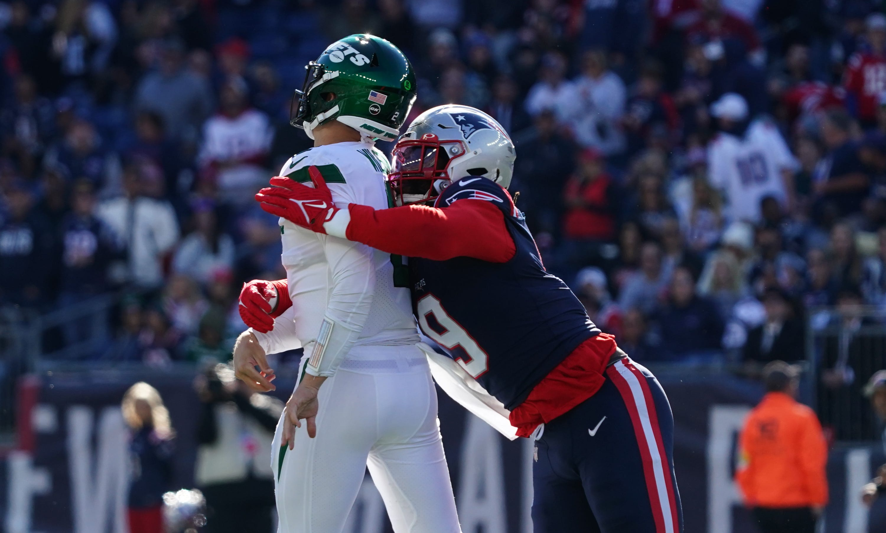 NY Jets QB Zach Wilson waiting on MRI results after injuring knee in loss to Patriots