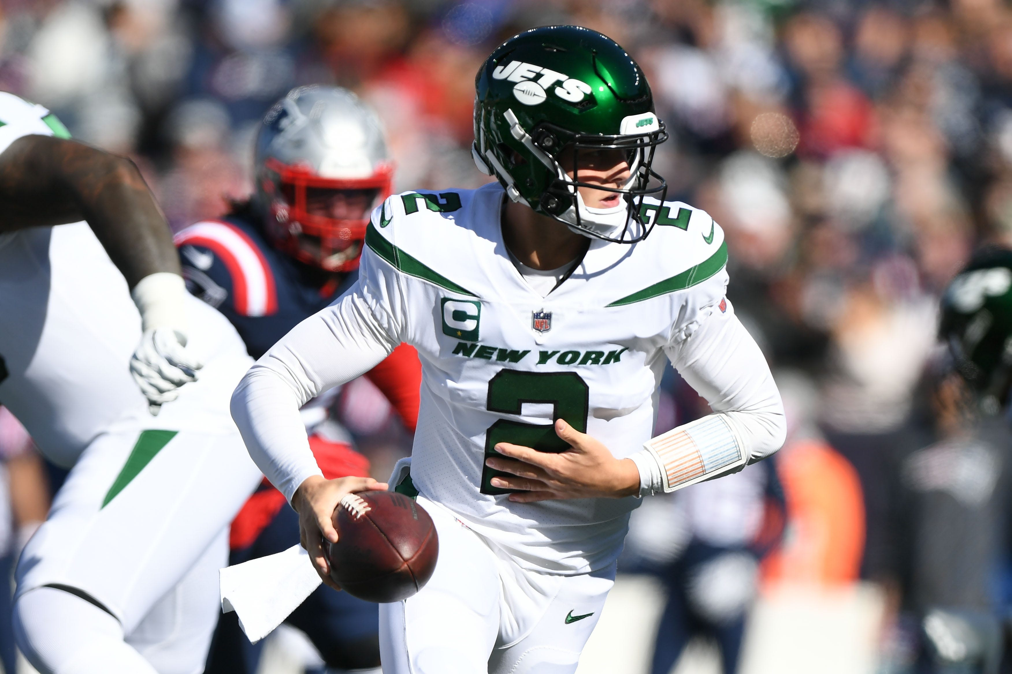 NY Jets' Zach Wilson knee injury will keep him out 2-4 weeks after MRI shows PCL sprain