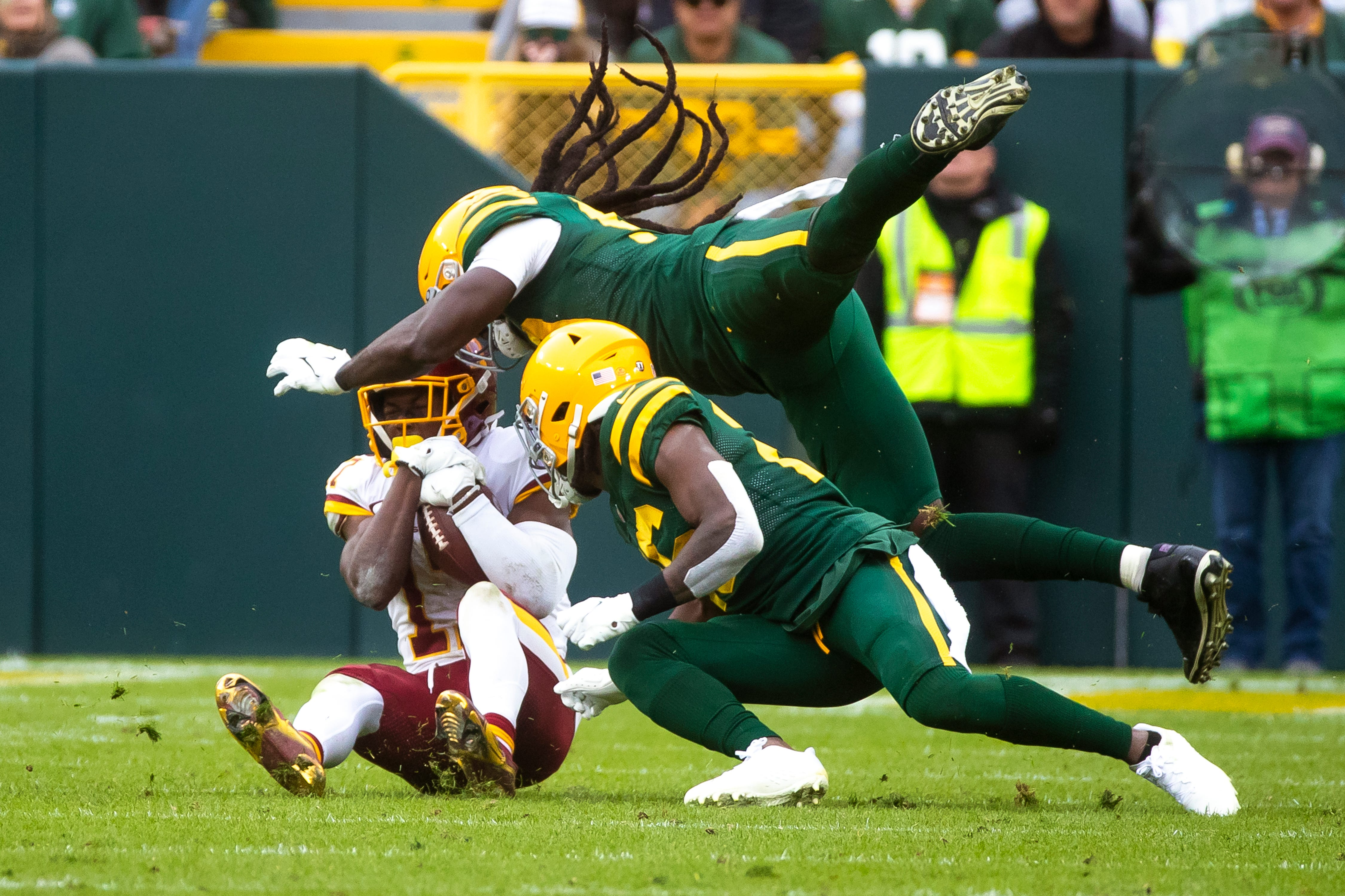 The Packers defense gave up a lot of yards to Washington, but Rashan Gary and De'Vondre Campbell came up big at key moments