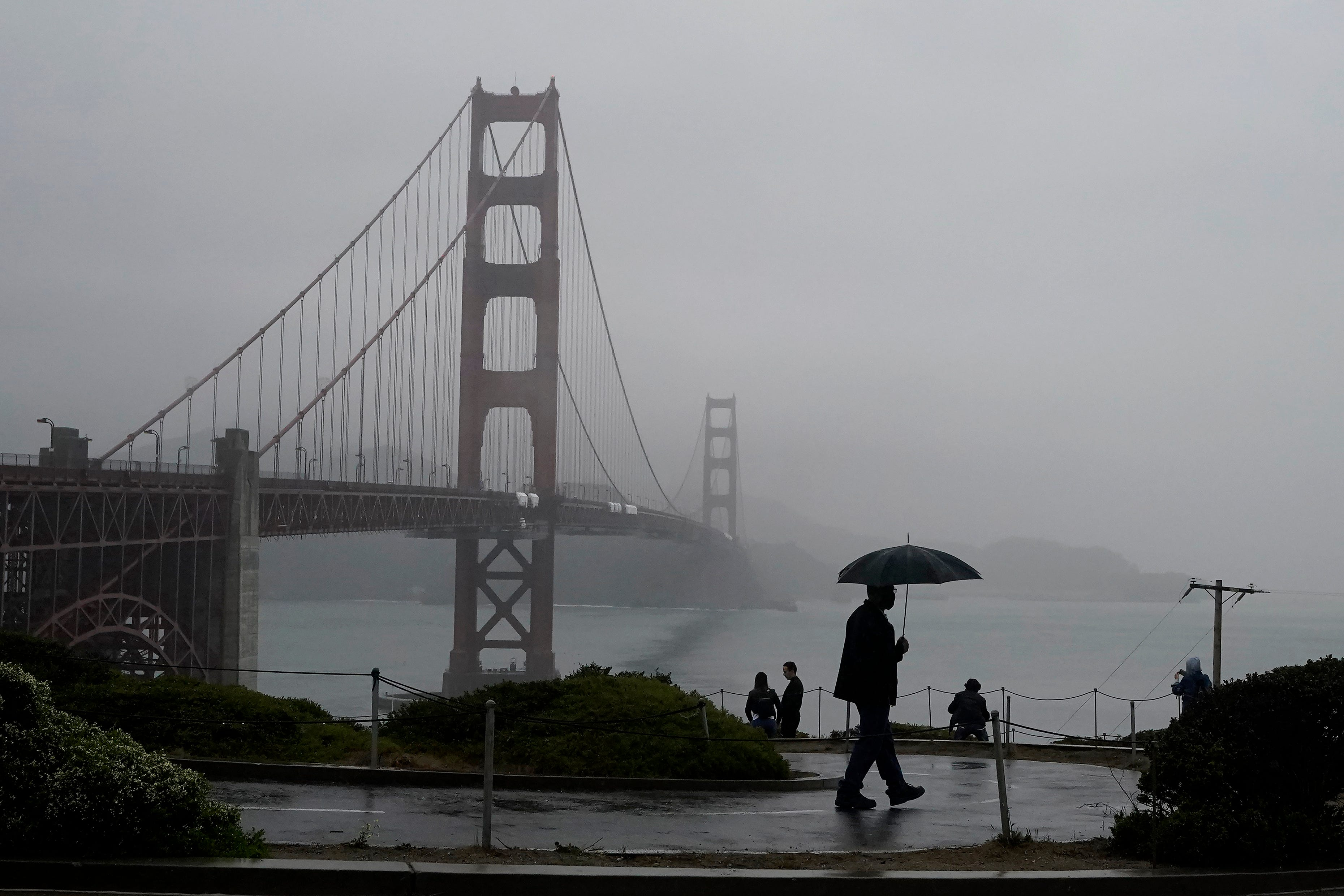 'Too fast, too furious': Bomb cyclone, atmospheric river blasts West Coast; hundreds of thousands without power
