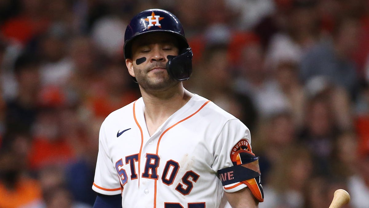 Astros' longtime heroes Jose Altuve, Alex Bregman slumping at worst time possible in World Series