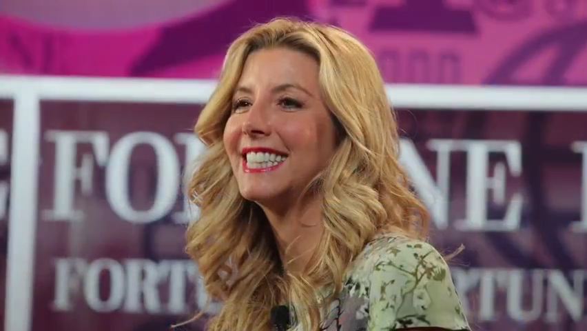 Spanx CEO stuns her employees with a generous gift: $10,000 and airline tickets