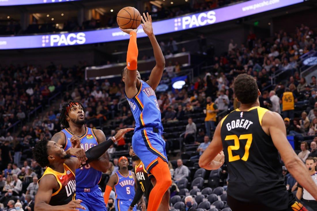 Youthful Thunder hope to build on effort vs  rebuilding Rockets