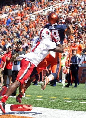 Sep 2, 2017; Champaign, IL, USA; Illinois Fighting Illini wide receiver Mike Dudek (18) is unable to make the catch defended by Ball State Cardinals defensive back Marc Walton (7) during the 2nd Quarter at Memorial Stadium. Mandatory Credit: Mike Granse-USA TODAY Sports