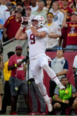 Sep 9, 2017; Los Angeles, CA, USA; Stanford Cardinal tight end Dalton Schultz (9) catches a pass against the USC Trojans during a NCAA football game at Los Angeles Memorial Coliseum. Mandatory Credit: Kirby Lee-USA TODAY Sports
