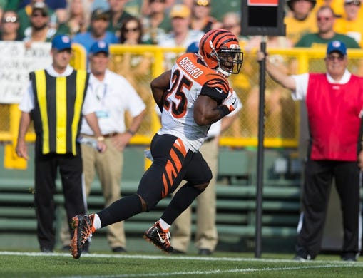 Sep 24, 2017; Green Bay, WI, USA; Cincinnati Bengals running back Giovani Bernard (25) during the game against the Green Bay Packers at Lambeau Field. Mandatory Credit: Jeff Hanisch-USA TODAY Sports