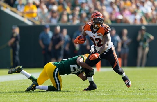 Sep 24, 2017; Green Bay, WI, USA; Cincinnati Bengals running back Jeremy Hill (32) during the game against the Green Bay Packers at Lambeau Field. Mandatory Credit: Jeff Hanisch-USA TODAY Sports