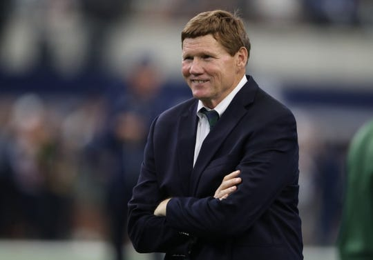 Oct 8, 2017; Arlington, TX, USA; Green Bay Packers president & chief executive officer Mark Murphy smiles on the sidelines prior to the game against the Dallas Cowboys at AT&T Stadium. Mandatory Credit: Matthew Emmons-USA TODAY Sports