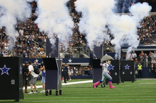 Oct 8, 2017; Arlington, TX, USA; Dallas Cowboys mascot Rowdy takes the field prior to the game against the Green Bay Packers at AT&T Stadium. Mandatory Credit: Matthew Emmons-USA TODAY Sports