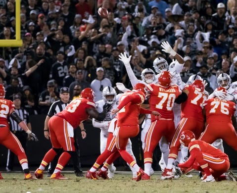 Oct 19, 2017; Oakland, CA, USA; Kansas City Chiefs kicker Harrison Butker (7) scores a field goal against the Oakland Raiders during the third quarter at Oakland Coliseum. Mandatory Credit: Kelley L Cox-USA TODAY Sports