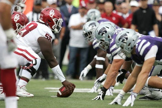 Oct 21, 2017; Manhattan, KS, USA; The Oklahoma Sooners face off against the Kansas State Wildcats during first quarter action at Bill Snyder Family Stadium. Mandatory Credit: Scott Sewell-USA TODAY Sports