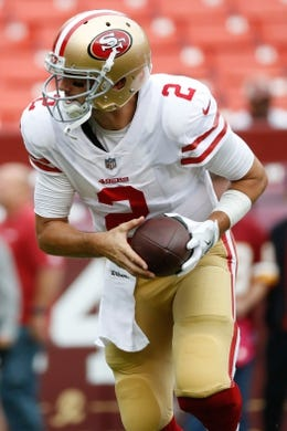 Oct 15, 2017; Landover, MD, USA; San Francisco 49ers quarterback Brian Hoyer (2) on the field during warm ups prior to the 49ers game against the Washington Redskins at FedEx Field. Mandatory Credit: Geoff Burke-USA TODAY Sports