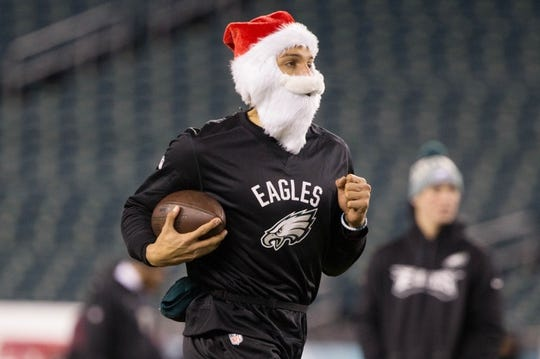 Dec 25, 2017; Philadelphia, PA, USA; Philadelphia Eagles wide receiver Mack Hollins wears a Santa Claus beard and hat during warm ups before action against the Oakland Raiders at Lincoln Financial Field. Mandatory Credit: Bill Streicher-USA TODAY Sports