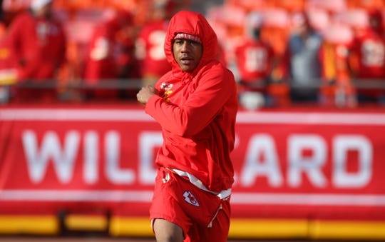 Jan 6, 2018; Kansas City, MO, USA; Kansas City Chiefs cornerback Marcus Peters warms up before the AFC Wild Card playoff football game at Arrowhead Stadium. Mandatory Credit: Jay Biggerstaff-USA TODAY Sports