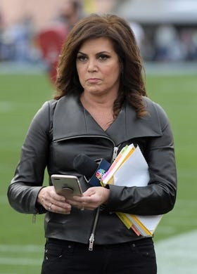 Jan 6, 2018; Los Angeles, CA, USA; NBC Sports sideline reporter Michele Tafoya at the NFC Wild Card playoff football game between the Los Angeles Rams and the Atlanta Falcons at Los Angeles Memorial Coliseum. Mandatory Credit: Kirby Lee-USA TODAY Sports