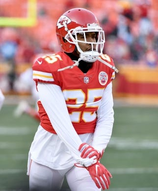 Jan 6, 2018; Kansas City, MO, USA; Kansas City Chiefs cornerback Kenneth Acker (25) warms up before the game against the Tennessee Titans in the AFC Wild Card playoff football game at Arrowhead stadium. Mandatory Credit: Denny Medley-USA TODAY Sports