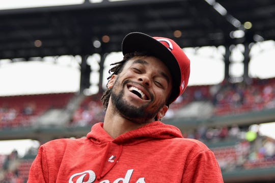 Apr 21, 2018; St. Louis, MO, USA; Cincinnati Reds center fielder Billy Hamilton (6) jokes around with fans prior to a game against the St. Louis Cardinals at Busch Stadium. Mandatory Credit: Jeff Curry-USA TODAY Sports