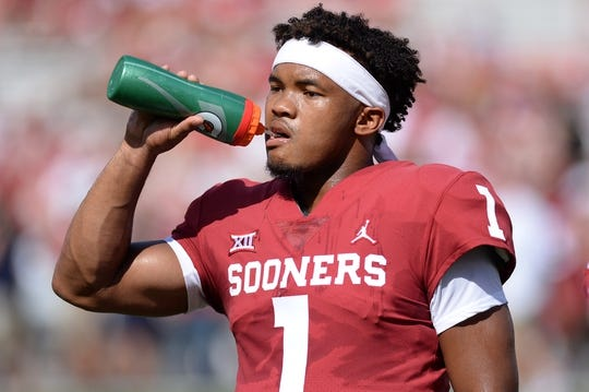 Sep 1, 2018; Norman, OK, USA; Oklahoma Sooners quarterback Kyler Murray (1) is seen on the field prior to action against the Florida Atlantic Owls at Gaylord Family - Oklahoma Memorial Stadium. Mandatory Credit: Mark D. Smith-USA TODAY Sports