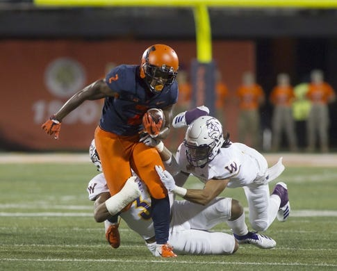 Sep 8, 2018; Champaign, IL, USA; Illinois Fighting Illini running back Reggie Corbin (2) carries the ball during the second quarter against the Western Illinois Leathernecks at Memorial Stadium. Mandatory Credit: Mike Granse-USA TODAY Sports