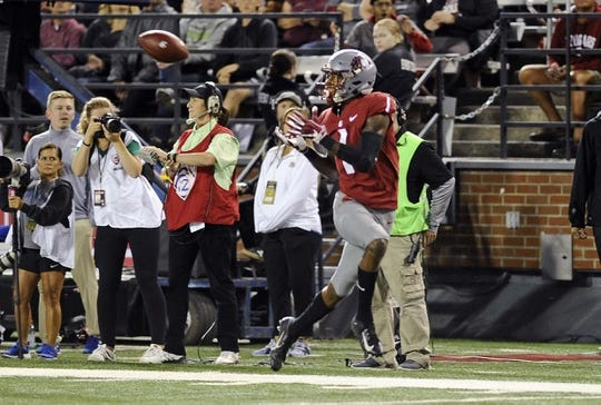 Sep 8, 2018; Pullman, WA, USA; Washington State Cougars wide receiver Davontavean Martin (1) makes a catch for a touchdown against the San Jose State Spartans during the first half at Martin Stadium. Mandatory Credit: James Snook-USA TODAY Sports