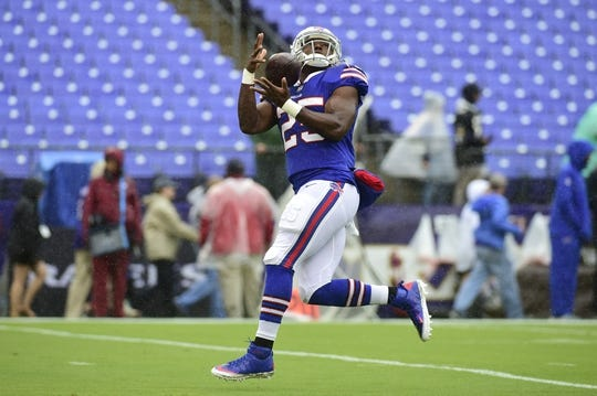Sep 9, 2018; Baltimore, MD, USA; Buffalo Bills running back LeSean McCoy (25) receives a pass before the game against the Baltimore Ravens at M&T Bank Stadium. Mandatory Credit: Tommy Gilligan-USA TODAY Sports