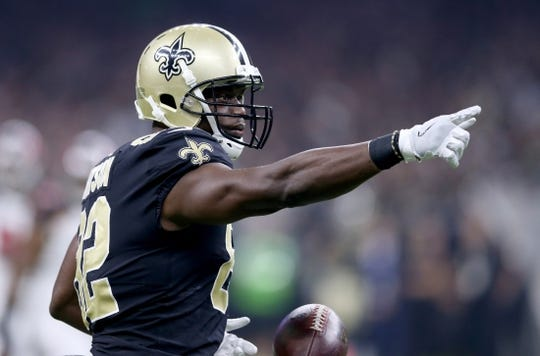 Sep 9, 2018; New Orleans, LA, USA; New Orleans Saints tight end Benjamin Watson (82) gestures after a catch against the Tampa Bay Buccaneers in the first quarter at the Mercedes-Benz Superdome. Mandatory Credit: Chuck Cook-USA TODAY Sports
