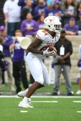 Sep 29, 2018; Manhattan, KS, USA; Texas Longhorns wide receiver Lil'Jordan Humphrey (84) makes a catch during the first quarter against the Kansas State Wildcats at Bill Snyder Family Stadium. Mandatory Credit: Scott Sewell-USA TODAY Sports